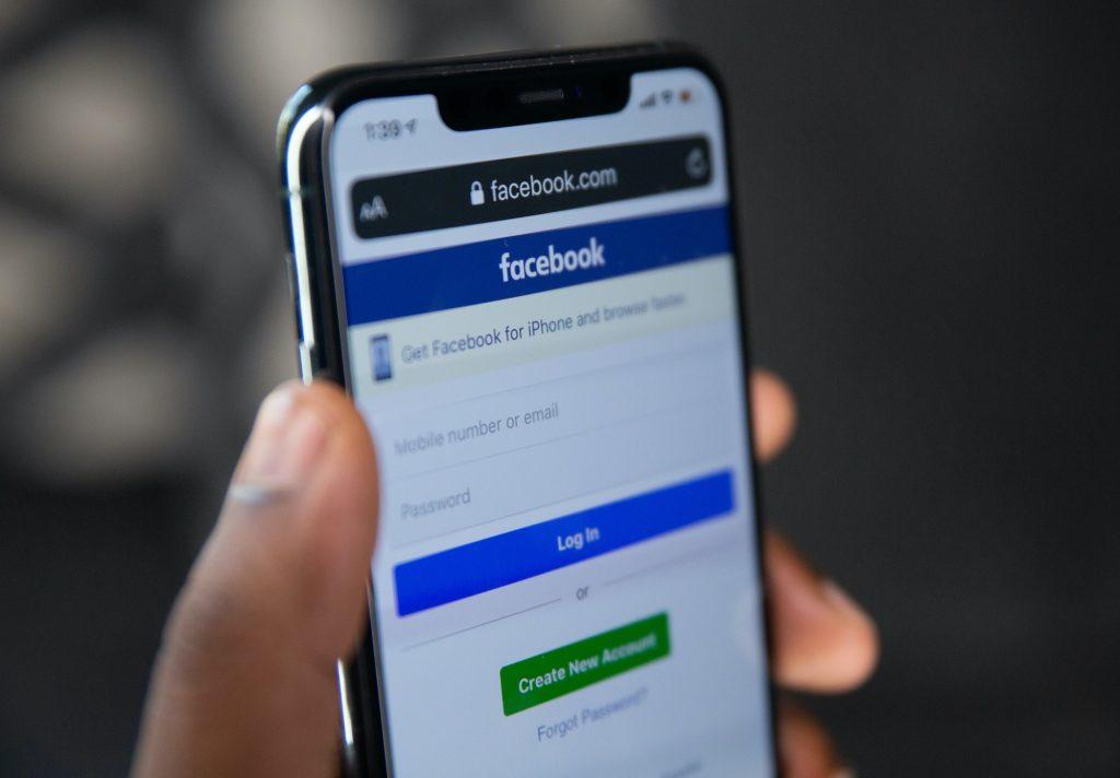 Bennett Data Science Tech Tuesdays Online Shopping With Facebook New AI